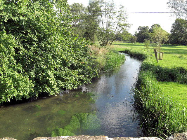 River Coln downstream from bridge at Coln St Dennis