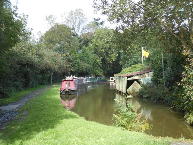The Macclesfield Canal, Marple