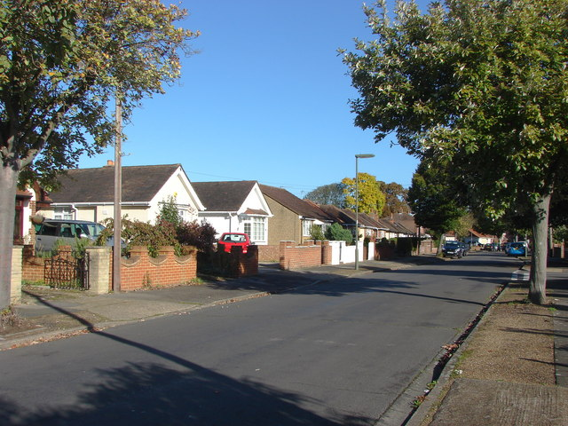 Avondale Avenue, Staines