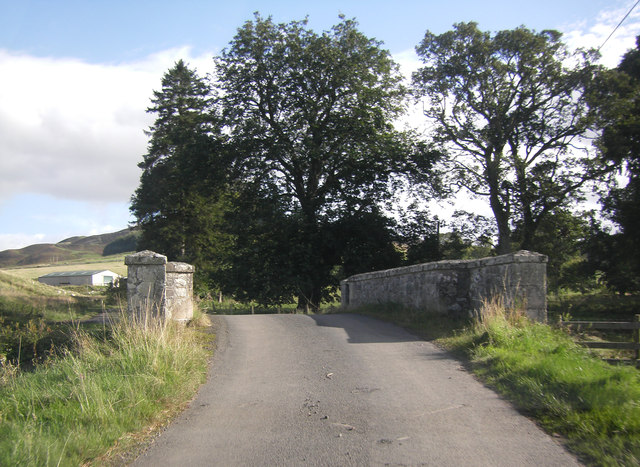 Road crossing bridge near Greenhill