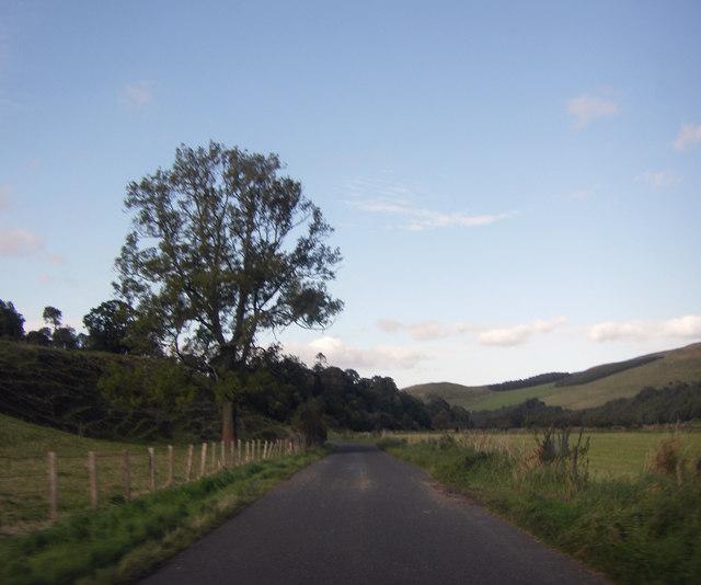 Minor road between Hownam and Morebattle
