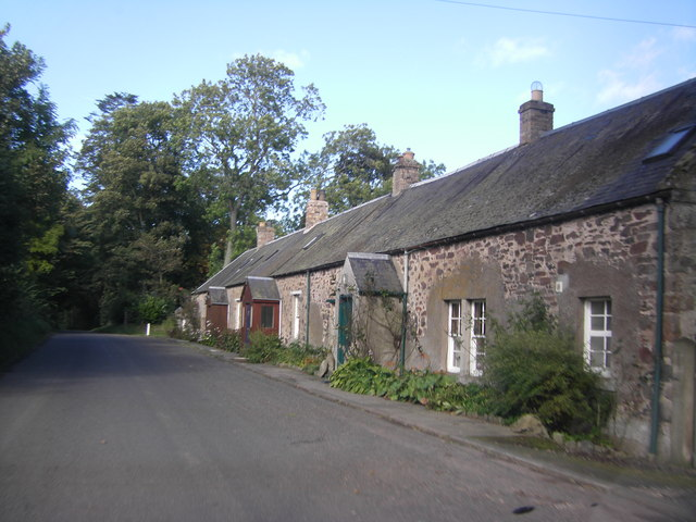 Terraced cottages near Gateshaw