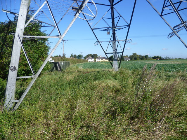 View through a pylon near Longfield