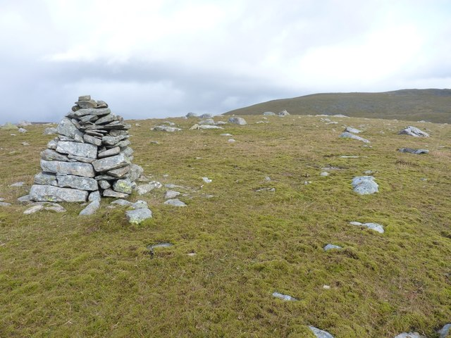 A good solid cairn on Meall Luaidhe