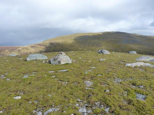 Eastward end of the Meall Luaidhe summit plateau