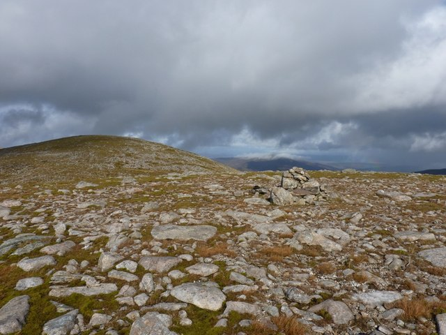 Cairn on 945m summit of Meall Garbh
