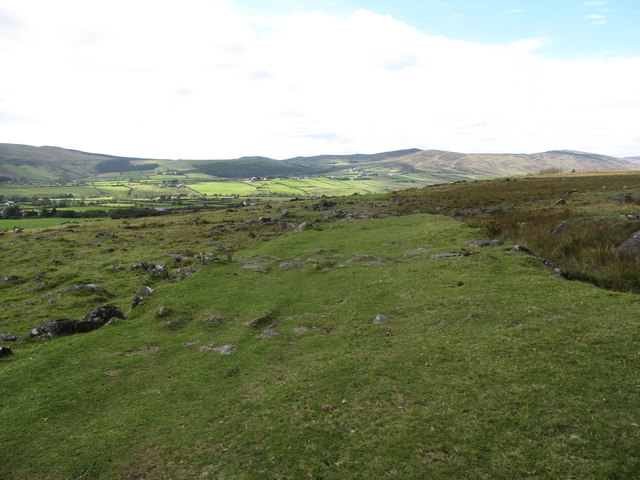 View west along the line of the Tain Way