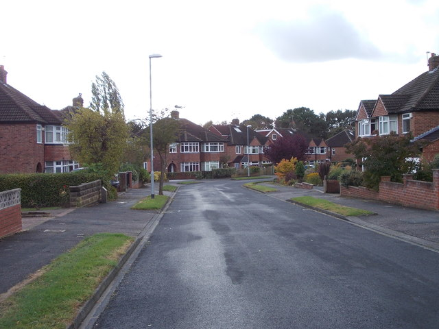 Winding Way - viewed from Meadow Way