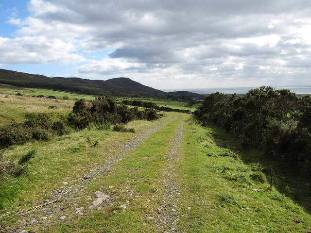 The Tain Way trail just above the mountain gate
