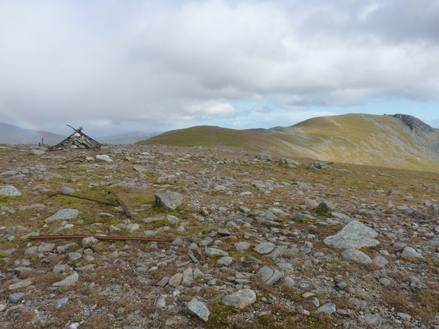 Cairn at 999m
