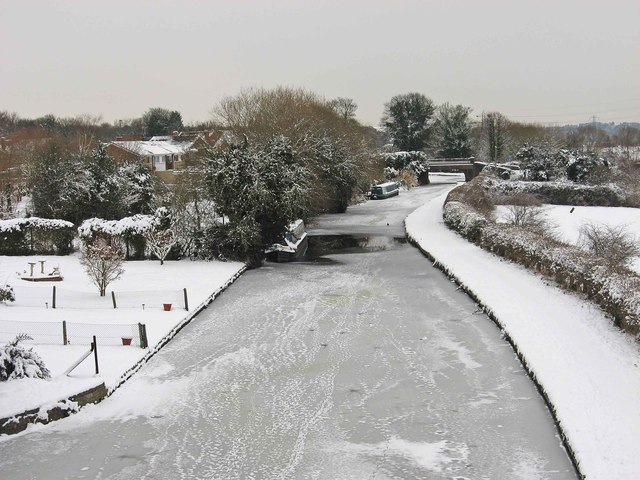 Frozen Staffs & Worcs Canal north of the old railway bridge, Stourport-on-Severn