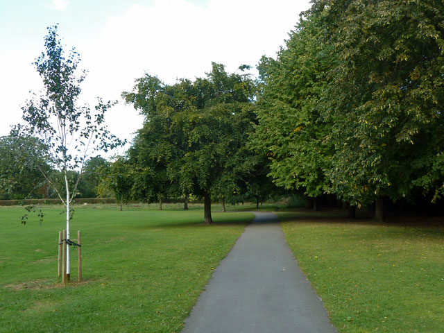 Path in Warrender Park