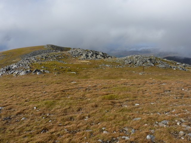 The northwest ridge of Carn Mairg