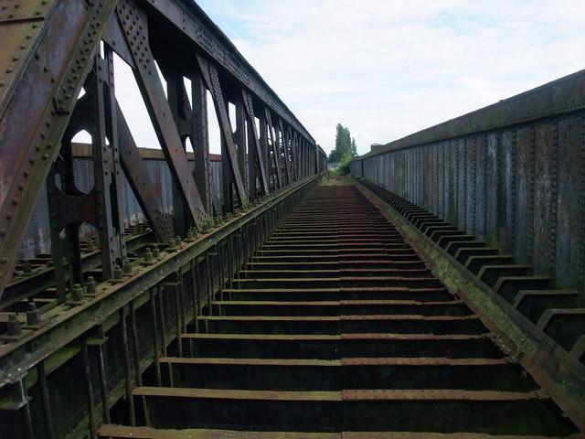 Torksey 'Viaduct', close up