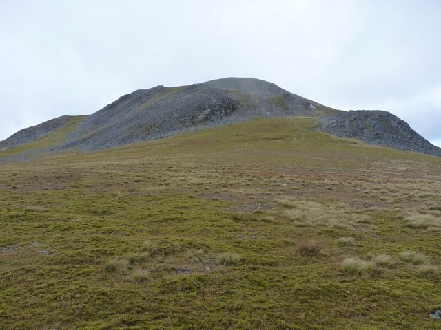 Carn Mairg from the bealach leading to Meall Liath