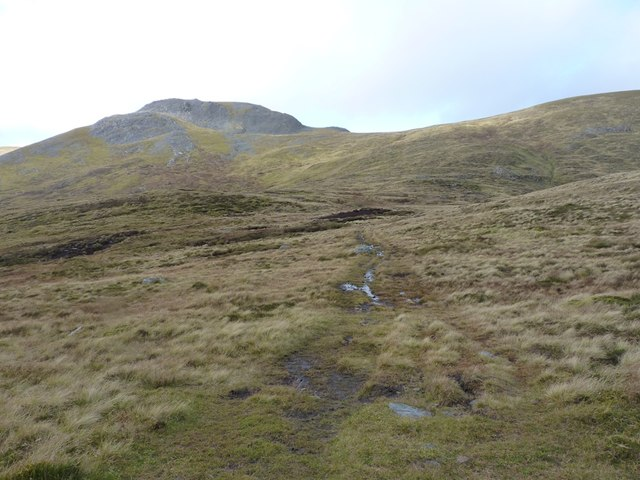 The bealach north of Meall na Aighean