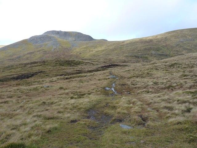 The bealach north of Meall na Aighean