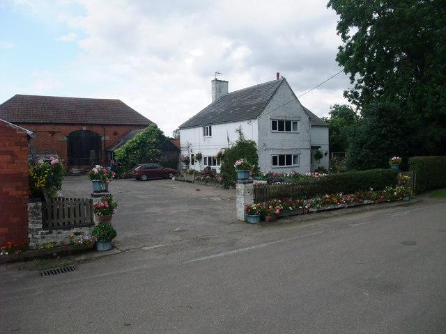 Home farm, Torksey street, Rampton