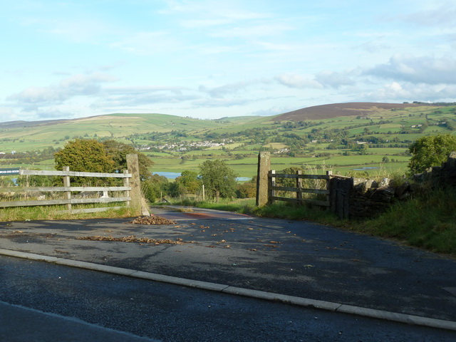 Entrance to Woodend Farm