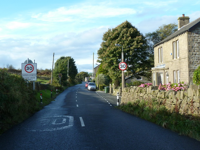 Approaching Barnoldswick on High Lane