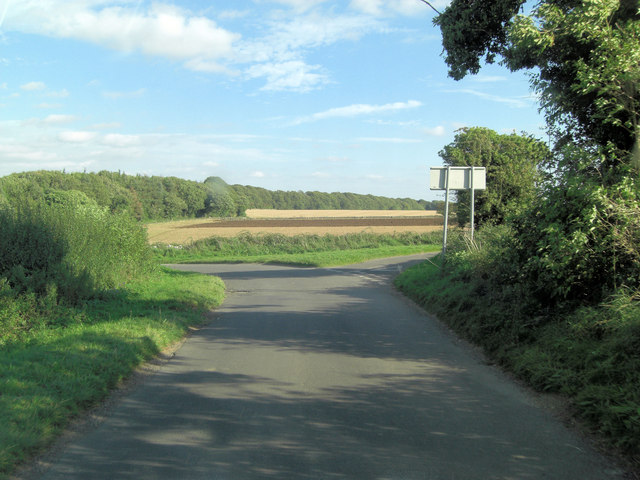 Eastington Road junction northeast of Trinder's Barn