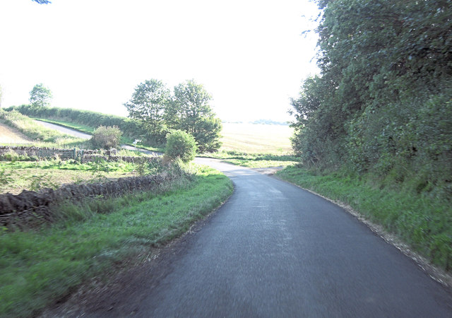 Unnamed road junction south of Bratch Copse