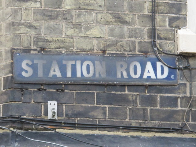 Old sign for Station Road