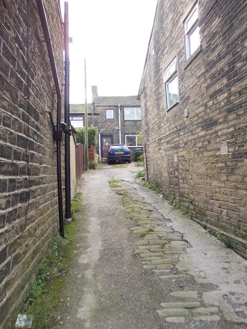 Ackroyd Square - Highgate Road