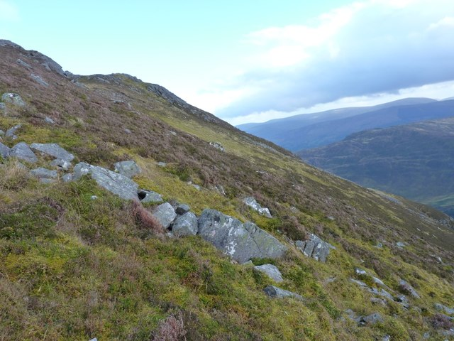 Across the hillside above Creag Dhearg