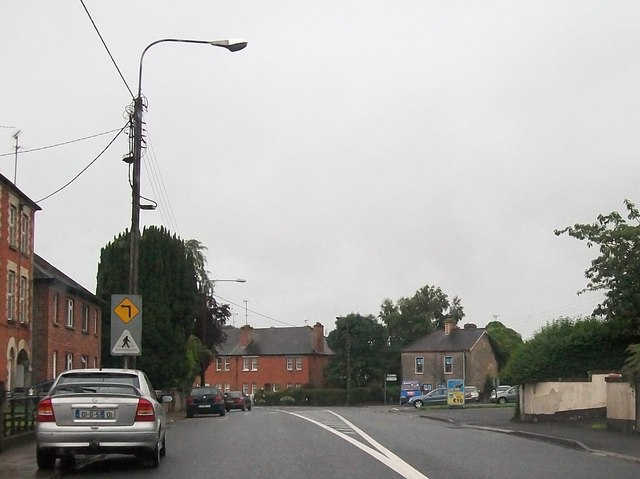 Approaching a sharp bend in Coolshannagh Road (R135) at Monaghan