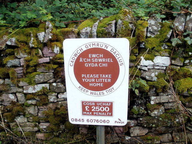 £2,500 maximum penalty for littering in the Brecon Beacons National Park