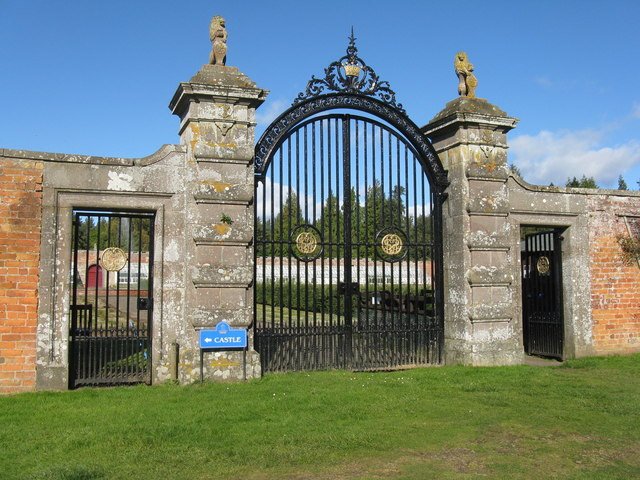 Garden gate at Glamis