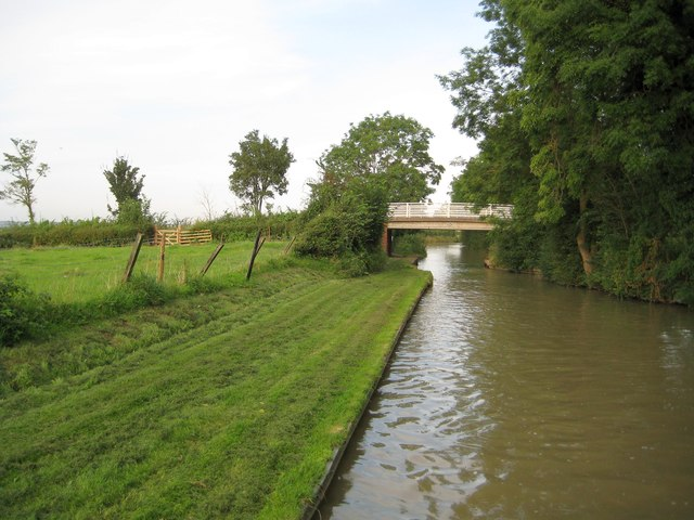 Grand Union Canal: Bridge Number 104: Lower Shuckburgh Road bridge
