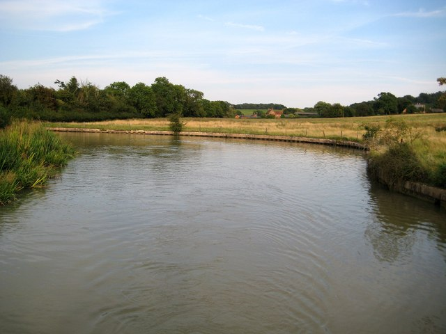 Grand Union Canal: Lower Shuckburgh winding hole