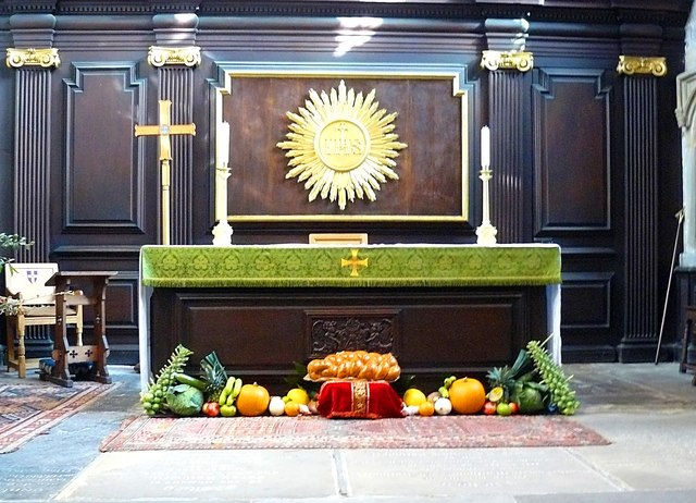 Altar St. Helen's Church