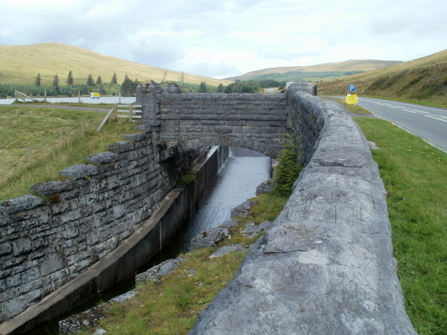 Bridge in the SE corner of Beacons Reservoir