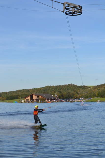 Water skiing on Rother Valley Lake