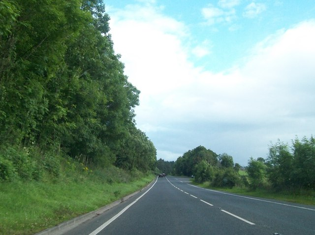 View south along the Irvinestown Road (B32)