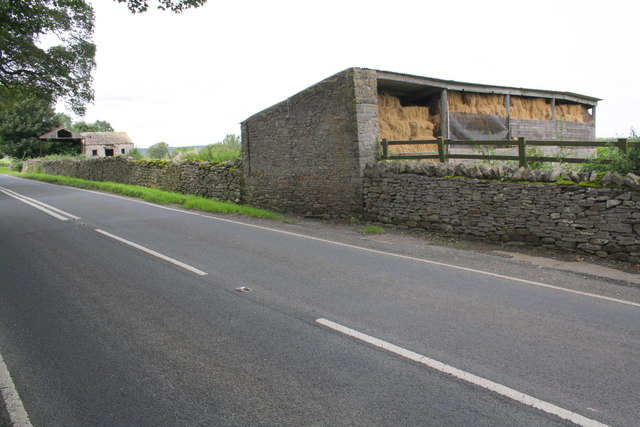 Barn on East Witton Road (A6108)