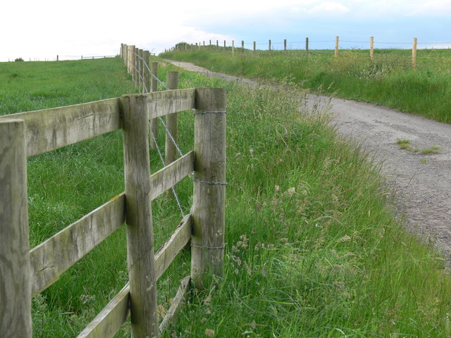 Farm track near Shoby