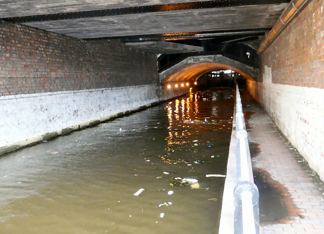 Piccadilly canal tunnel