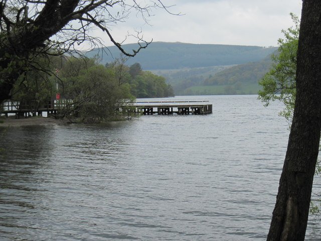 Howtown  Pier  empty