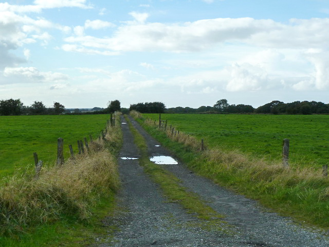 Road and footpath to Hey's House