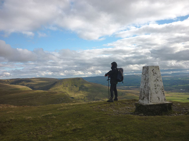 On top of Murton Pike (594m)