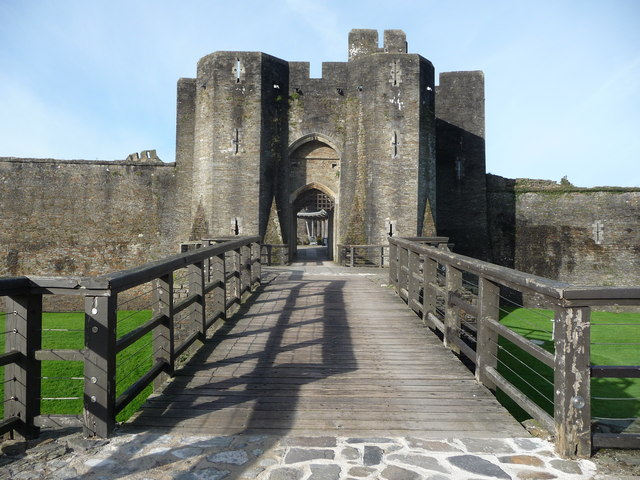 Approaching the gatehouse of Caerphilly Castle