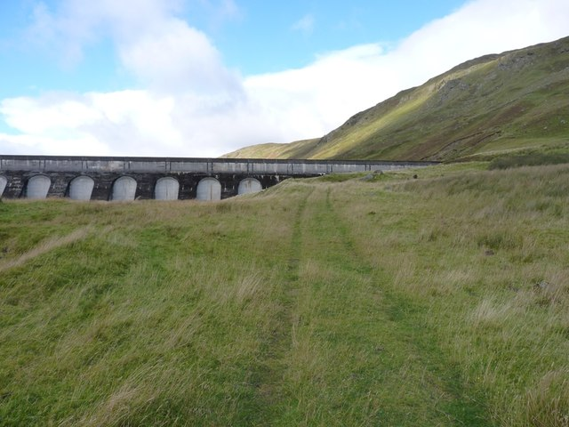 A short stretch of the old stalkers' path below the dam