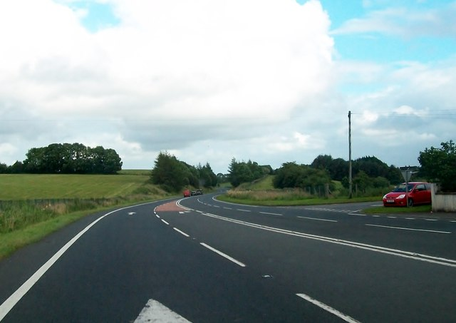 Minor junction on the A4 west of Maguiresbridge
