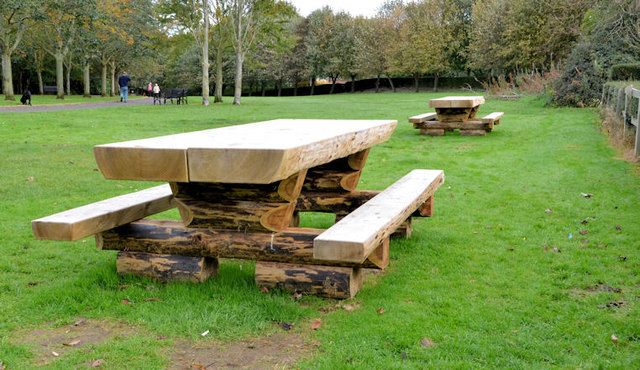 Picnic tables, Belfast