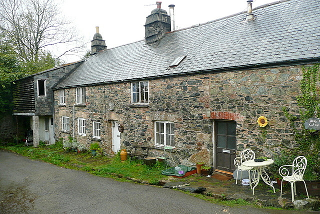 Cottages at Lutton