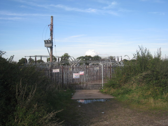 Electricity substation off North Field Lane